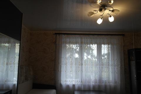 Выделенная комната в коммунальной квартире. - Фото 1