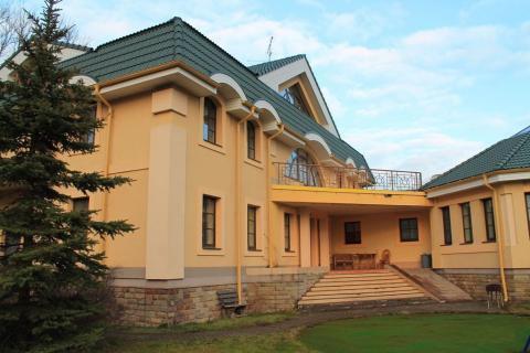 Шикарный особняк в Павловске - Фото 1