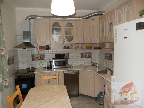 "1 комнаная квартира в ""Выборовском"" доме, 14 мр-н - Фото 1"