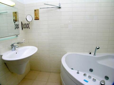 3-комнатная квартира посуточно в Белгороде - Фото 5