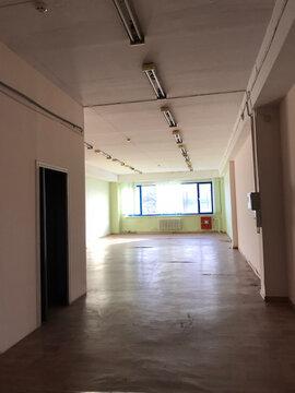 Сдается офис 90.9 кв.м, кв.м/год - Фото 1