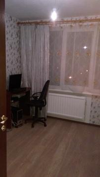 Сдам комнату 11 кв.м. у м. пр.Большевиков - Фото 1