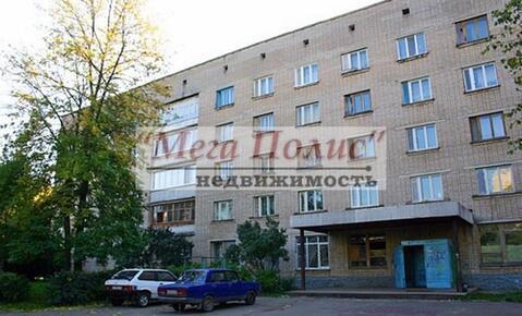 Сдается комната 13 кв.м. в общежитии блок на 8 комнат ул. Энгельса 21.
