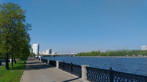 Продам 3-х комнатную квартиру с видом на Москву-реку (м.Коломенская) - Фото 1