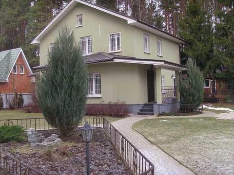 В аренду предлагается отличный дом 180 м. со всеми удобствами. . - Фото 1