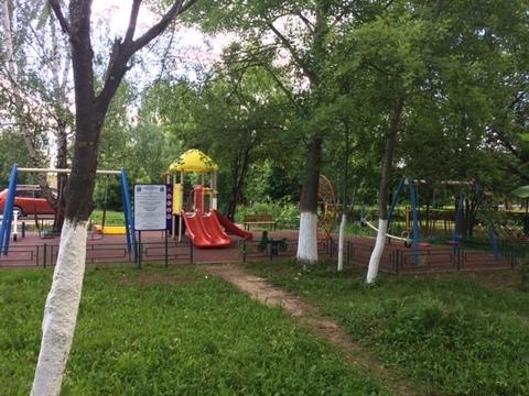 1ка в пгт Михнево (ул.Библиотечная) 4/5 кирпичного дома. - Фото 4