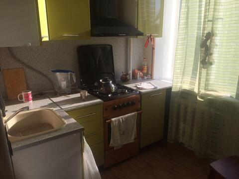 Продается 3 ком.кв, 62 кв м, микрорайон Климовск - Фото 2