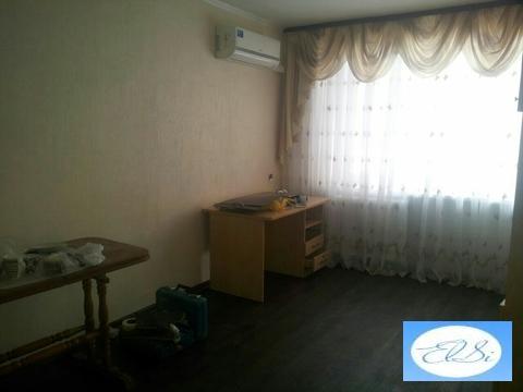 2 комнатная квартира брежневка, центр, ул. Подгорная, район ТЦ барс - Фото 1