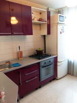 Квартира в Климовске, 3-х комнатная, кухня 8,3 кв.м. - Фото 4