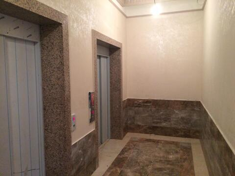 150 кв.м, св. планировка, 4 этаж, 1 секция - Фото 2