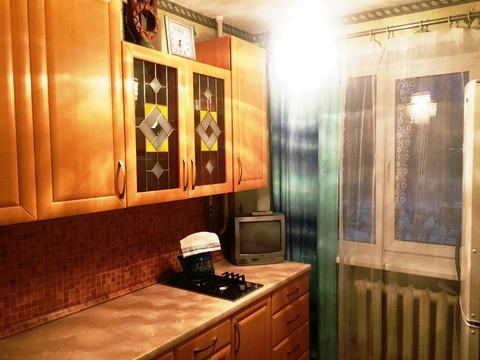 Продается квартира с раздельными комнатами, 2-мя кладовками, лоджией - Фото 4