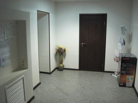 Офисное помещение на первом этаже жилого нового дома - Фото 1