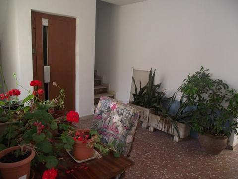 4 комнатную квартира в Парика у моря