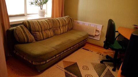 Продаётся 2-комнатная квартира на ул. Генерала Попова, Правый берег. - Фото 3
