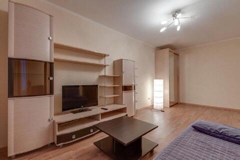 Двухкомнатная квартира в центре Санкт-Петербурга - Фото 1