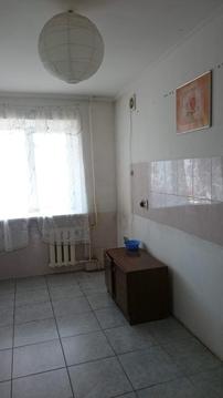 Продаю 4-комн. квартиру в центре, спальный район - Фото 1