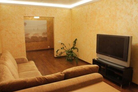 В аренду 3 комн. квартира в Ясенево около леса - Фото 1