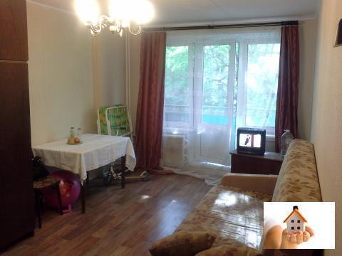 Комната 18 кв.м, Капотня 3 квартал, д10 - Фото 1