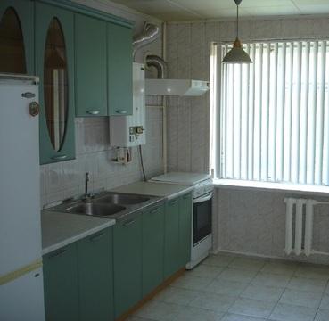 Продается 4-комнатная квартира, Западный район - Фото 2