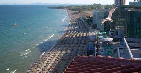 Квартира с видом на море на первой линии в Несебре, Болгария - Фото 1