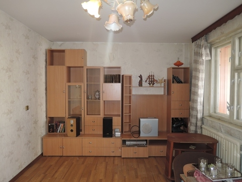 Объявление №42717503: Продаю 3 комн. квартиру. Санкт-Петербург, Богатырский пр-кт., 41, к 1,