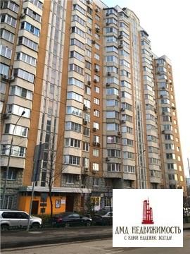 Сдается 1-но (однокомнатная) на ул. Раменки, д.31 у м. Раменки Москва . - Фото 1
