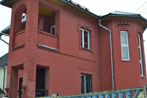 Продаётся 2-х этажный кирпичный коттедж со всеми удобствами с круглого - Фото 2