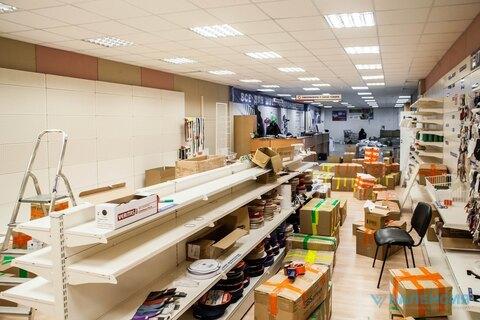Аренда торговг помещения 869м2, 1-2эт, отдельный вход с ул. Швецова 38 - Фото 1