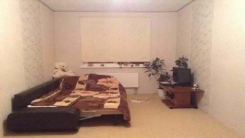 Продается 3-комнатная квартира на 1-м этаже в 3-этажном монолитном нов - Фото 1