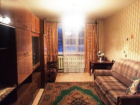 Продается квартира с раздельными комнатами, 2-мя кладовками, лоджией - Фото 3