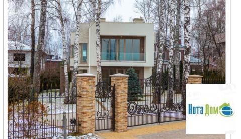 Дом в д Славково площадью 290 кв.м - Фото 2