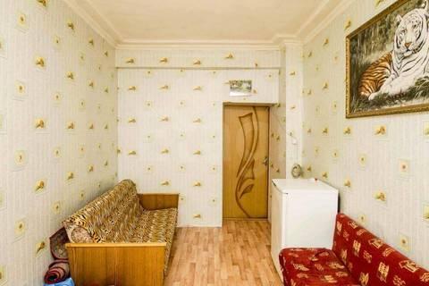Продам 4-комн. 15.3 кв.м. Тюмень, Котельщиков - Фото 1