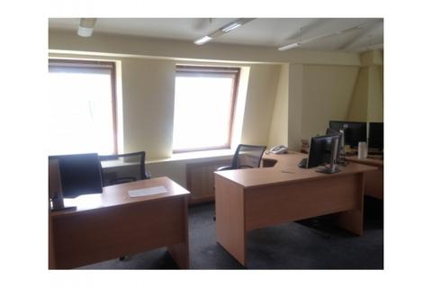 Офис 58кв.м, Бизнес Центр, 2-я линия, улица Бажова 18, этаж 4/4 - Фото 1