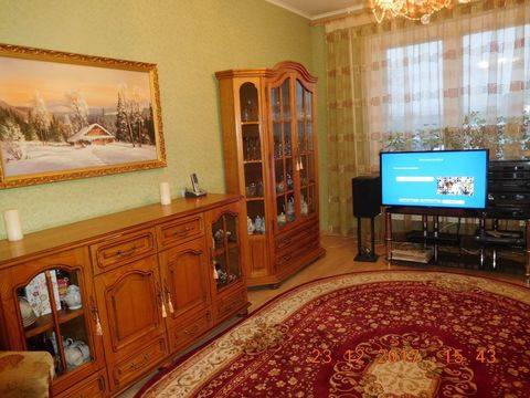 Продается двух комнатная квартира в кирпичном доме. - Фото 1