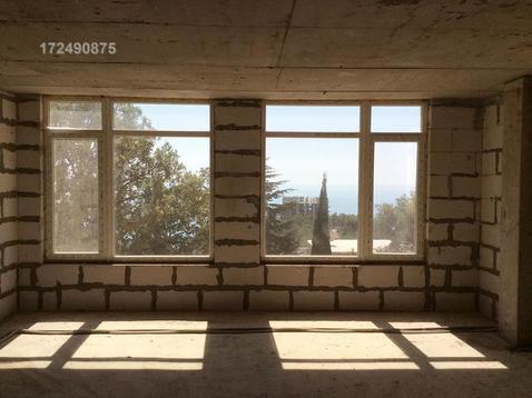 Продается, в новом доме, на первом этаже, просторная квартира в Ялте - Фото 4