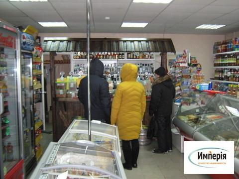 Помещение продовольственного магазина в проходном месте на 3-м жилучас - Фото 1