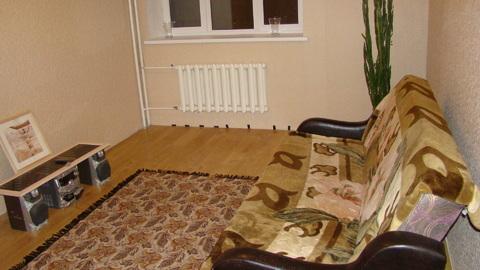 Комната в 2-к. кв. мкр-н Гагаринский, Институтская улица, д. 2а - Фото 1