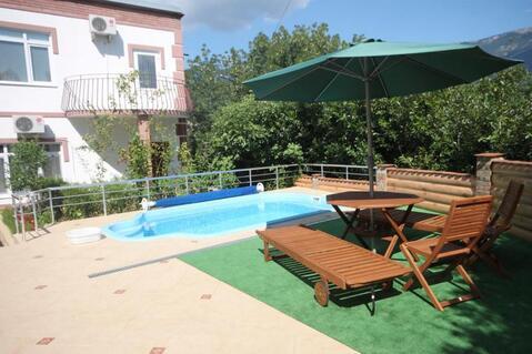 Аренда посуточно дома в двух уровнях с бассейном и террасой - Фото 1