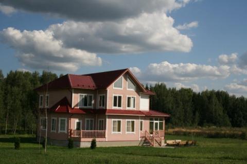 Двухэтажный коттедж площадью 300 кв по Новорижскому шоссе - Фото 1