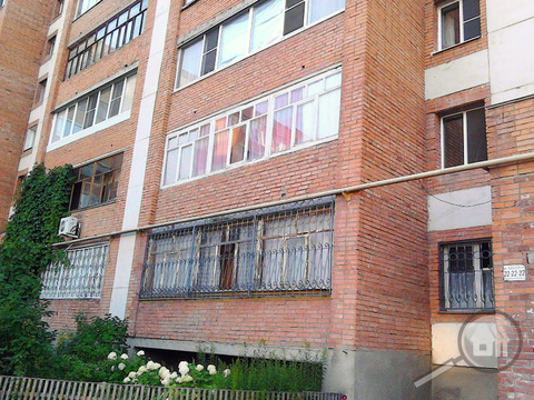 Продается 4-комнатная квартира, ул. Антонова - Фото 1