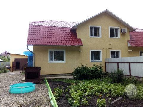 Продается 2-уровневая 3-ком. квартира, с. Чемодановка, ул. Придорожная - Фото 1