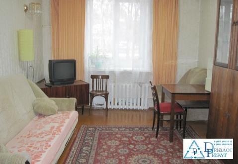 Сдается комната в двухкомнатной квартире в Москве, 20м пешком до метро - Фото 1