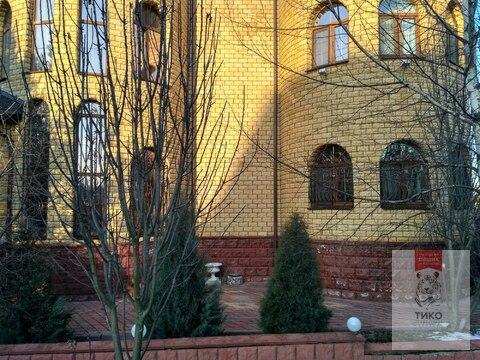 Дом 3 этажа/ 700м2. Кокошкино ул.Дзержинского дом 18 - Фото 1