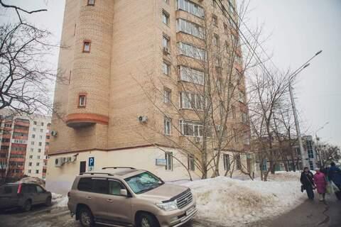 Продам: 4-комн. квартира свободной планировки - Фото 1