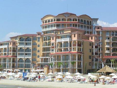Двухкомнатный апартамент в курорте Елените на берегу море - Фото 1