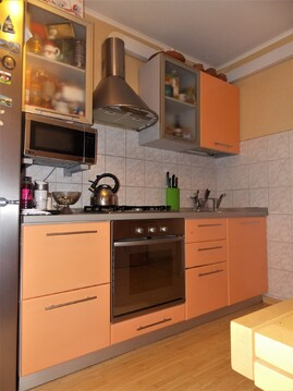 3-х комнатная квартира с евро ремонтом и мебелью! - Фото 3