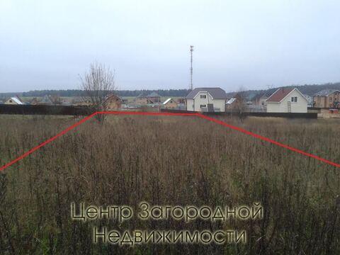 Участок, Киевское ш, 38 км от МКАД, Зверево, В деревне. Большой . - Фото 1