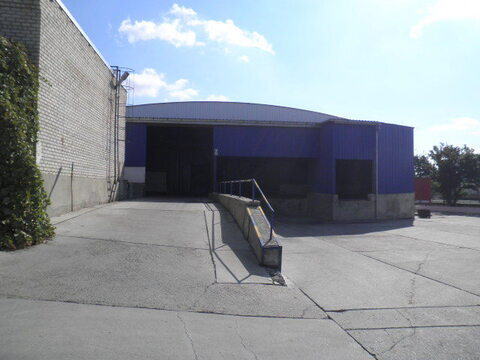 Капитальный склад с авторампой 3062 кв.м. на въезде в Новороссийск - Фото 1