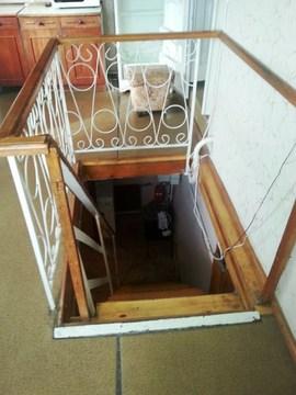 Квартиру в частном секторе на длительный срок сдам в Ялте - Фото 4