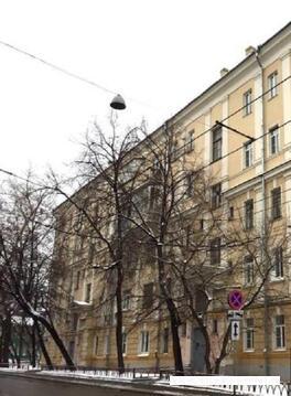 Продается 3х-комнатная квартира в центре (под ремонт) - Фото 2